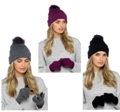 LADIES BOBBLE HAT & TOUCHSCREEN GLOVE SET *AVAILABLE FROM OCTOBER*