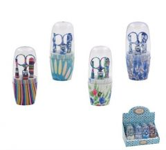5 PIECE MANICURE SET IN DISPLAY(D) (D)